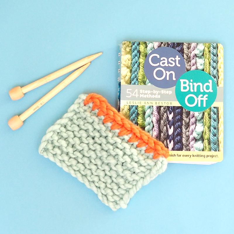 Cast On, Bind Off: 54 Step-by-Step Methods by Leslie Ann Bestor
